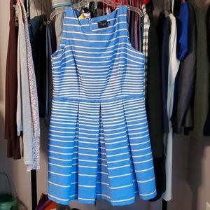 Just Taylor Sleeveless dress